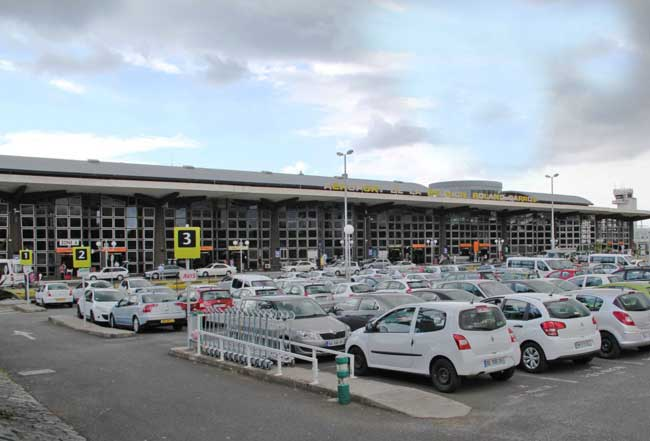Location voiture aeroport st denis de la reunion - Bureau de change aeroport ...